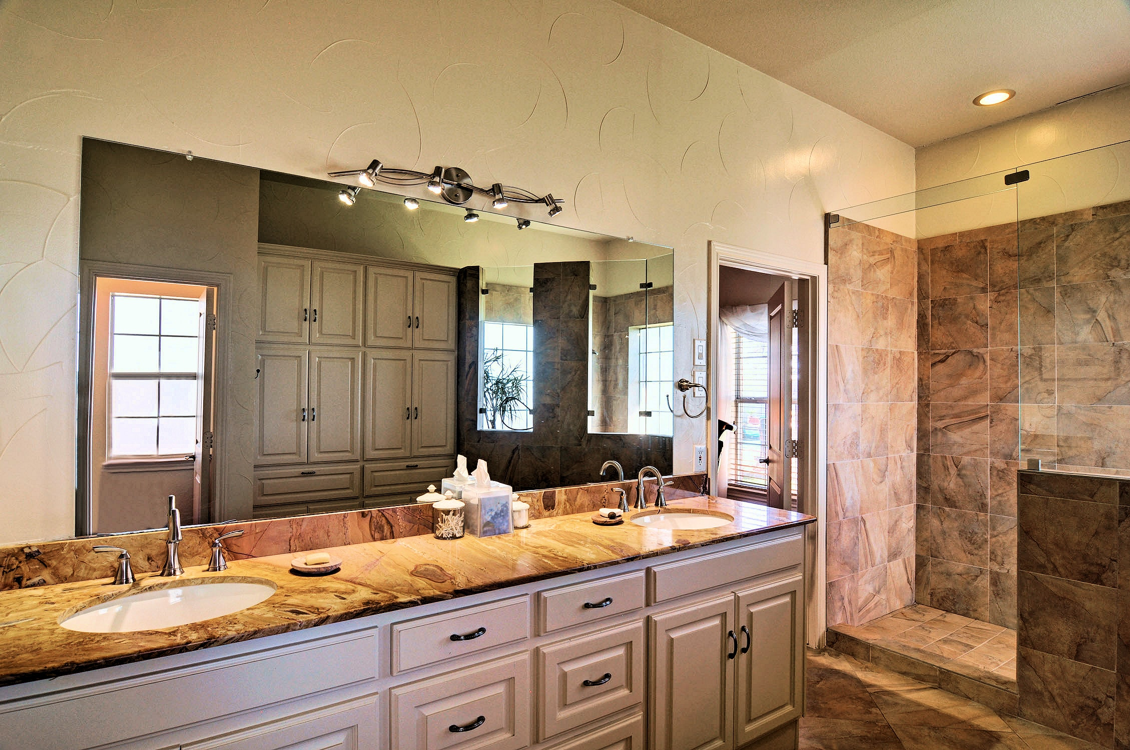 3 Remodeling Mistakes Hurt Resale Value